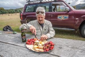 Tasmania-Pepperbush-lunch